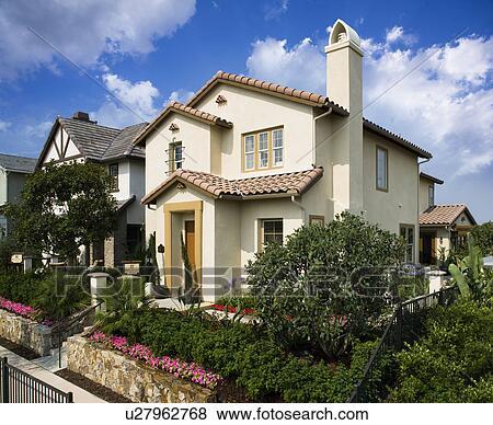Devant, extérieur, contemporain, style espagnol, maison Banque de Photo