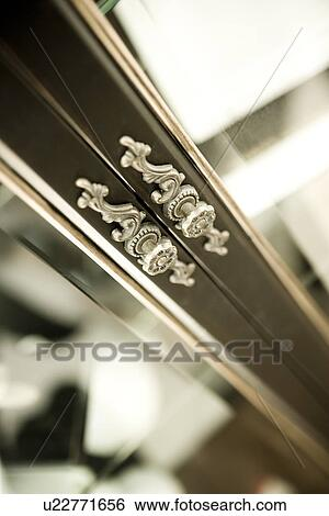 Marvelous Elegant Door Knobs On China Cabinet