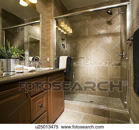 Colección de imágen - elegante, cuarto de baño, con, grande ...