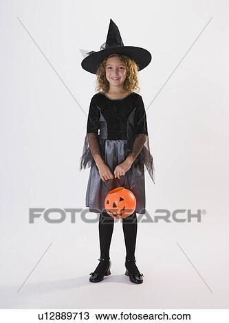 Vestiti Halloween Strega.Ragazza Vestito In Strega Costume Halloween Archivio Immagini