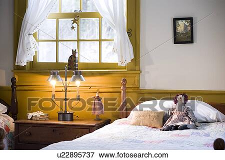 image d tail chambre coucher dans style colonial maison u22895737 recherchez des. Black Bedroom Furniture Sets. Home Design Ideas