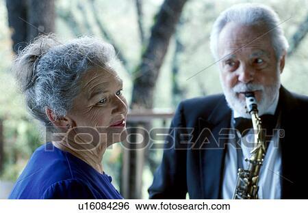 Old man sax