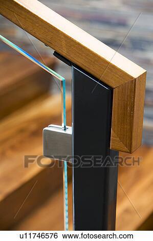 Stock Bilder Teilausschnitt Von Modernes Treppenhaus Gelander
