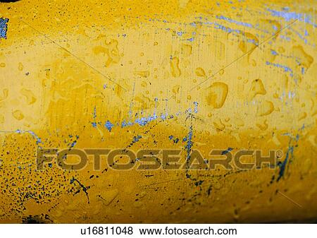 Structure Material Water Drop Painted Metal Yellow