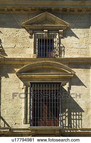 Banques de photographies espagne espagnol b timent balcon fen tre fa ade architecture for Fenetre en espagnol