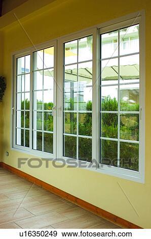 Banque de photographies espagne espagnol b timent fen tre fenetres int rieur maison for Fenetre en espagnol