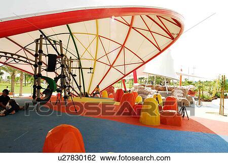 1a3766e24fd Αποθήκη Φωτογραφίας - dubai, παιδιά, διάστημα, παιγνίδι, πάρκο ...