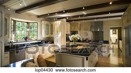 Perfect archivio fotografico grande toscano stile cucina con isola with cucine stile toscano - Cucine stile toscano ...