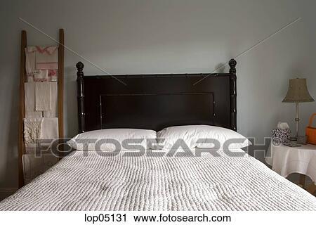 Pays, style, chambre à coucher, à, dos, lit Banque d\'Image