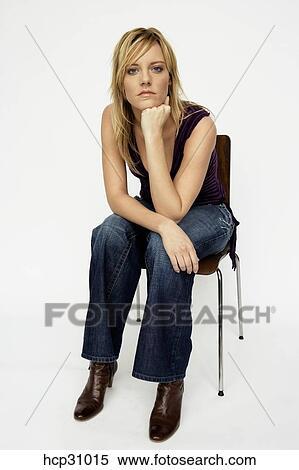 frausitzen Fotografiehcp31015 Fotografiehcp31015 stuhl Stock stuhl Junge frausitzen Junge Junge Stock j5L3AR4