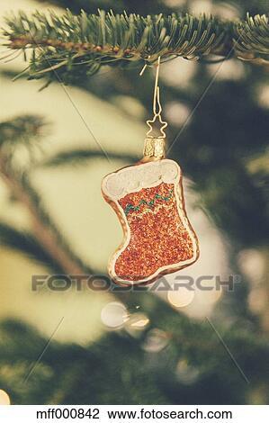 Weihnachtsdeko Baum.Deutschland Bonn Weihnachtsdeko Weihnachtsmann Stiefel Auf A Baum Stock Bild