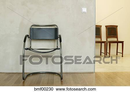 Stock Fotografie Stühle In Wartezimmer Bmf00230 Suche