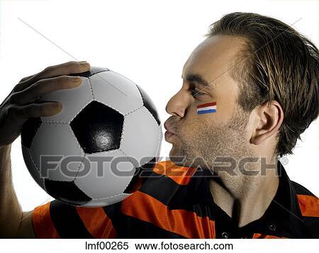 Mann Mit Netherlands Fahne Malen Auf Gesicht Kussen